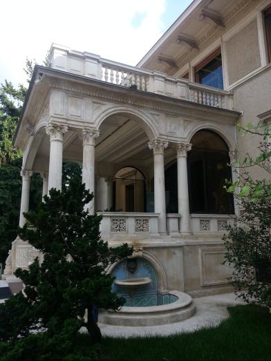 Palatul Primăverii, Bucureşti
