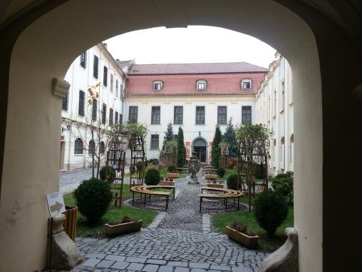 Brukenthal - grădină interioară