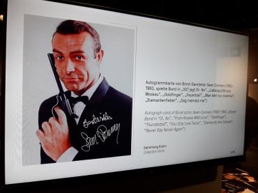 """Sean Connery în """"James Bond"""""""