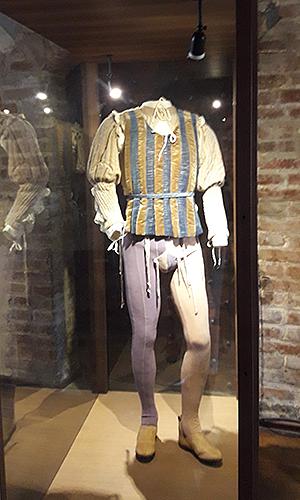 """Costum - """"Romeo şi Julieta"""" de Franco Zeffirelli, 1968"""