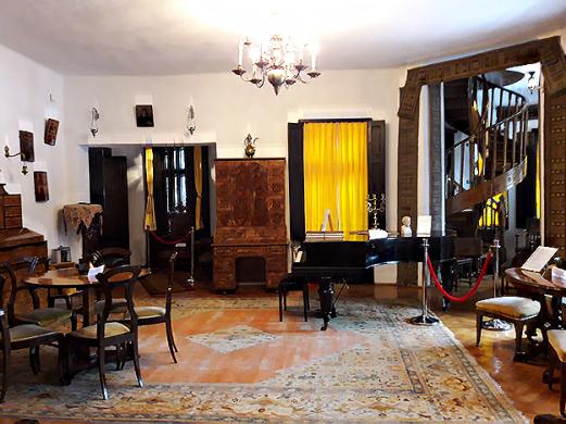 Casa-Memoriala-George-Enescu-Sinaia---salon