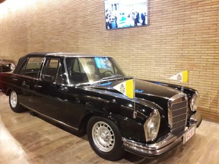 Pope-Cars_Mercedes_Musei-Vaticani